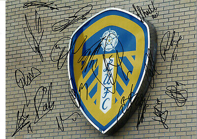 Leeds United Multi Hand Signed 10 x 8 inch authentic football photograph SS741