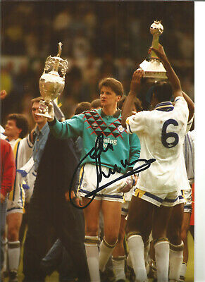 John Lukic Leeds United Signed 10 x 8 inch authentic football photograph SS742