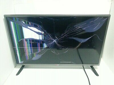 LGLed Hd Flatscreen Tv  32LY330C Television spares or repair. Broken screen.