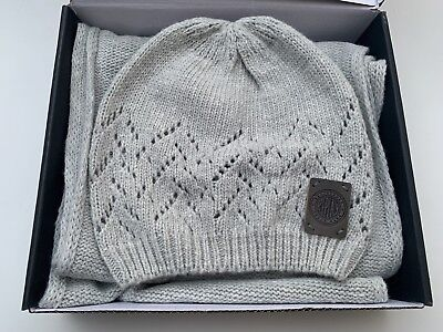 Genuine Replay Hat And Scarf Set