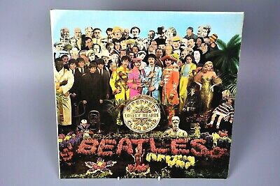 Vinyl Record LP Album The Beatles - Sgt Peppers Lonely Hearts Club Band PCS 7027