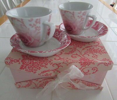 Shabby Chic-Gift-Box Set-Roses-Teaset-2-Cups & Saucers