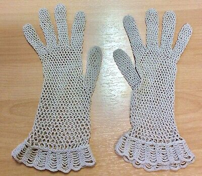 Vintage Ivory Crocheted Gloves S-M