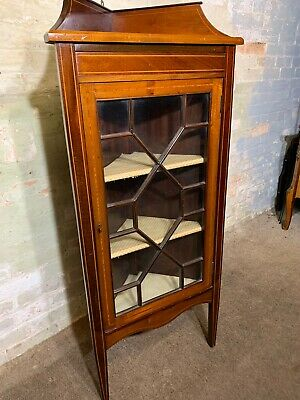 Antique / Inlaid Mahogany Corner Cupboard Display Cabinet. Delivery Available