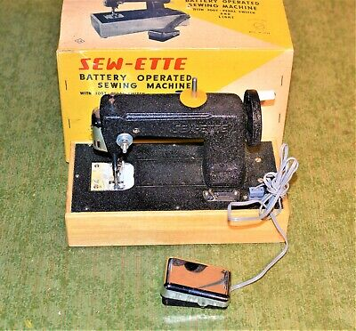 Japan Tin Toy Battery Operated Sewing Machine Toyland Sew-Ette CK    k7