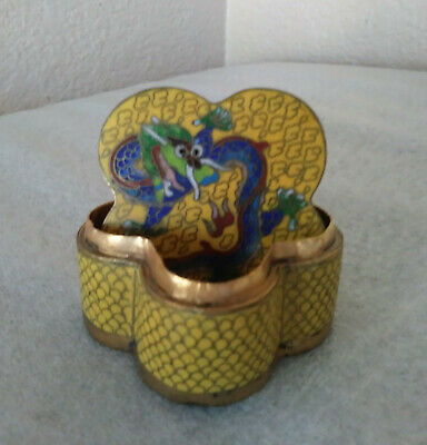 Old Chinese Brass Yellow Cloisonne 5 Toe Dragons Small Lided Trinket Box