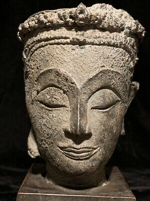 Rare larger crowned 18th c Thai Ayutthaya Buddha head with peaceful face