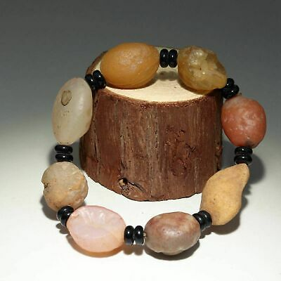 Collectable China Old Agate Raw Gemstone Hand-Carved Delicate Unique Bracelet