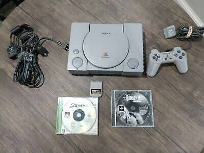 SCPH-5501 Sony PlayStation PS1 Console with Cords and Games - Tested