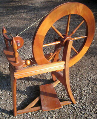 lightly used all wood & steel craft spinning wheel - lable missing - 2 bobbins