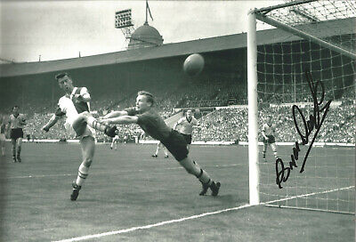 Bryan Douglas England Signed 12 x 8 inch authentic football photo SS1127A