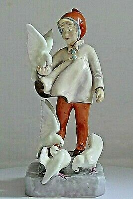 ROYAL WORCESTER PORCELAIN ~ Months Of The Year Figurine ~ NOVEMBER ~ 3418.
