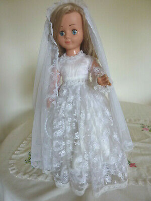 Vintage Bride  Doll Made In England Dressed In Orginal Bridal  Outfit