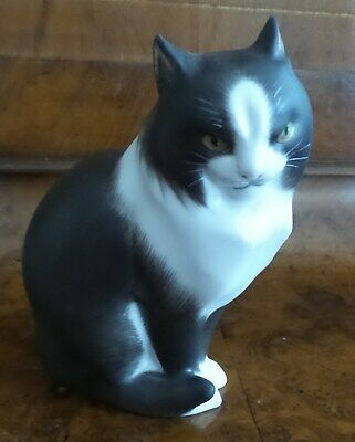 Rare Herend Handpainted Bisque Porcelain Black And White Cat Hallmarked