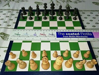 Small Staunton Design Boxwood Chess Set with New Folding Chess Board