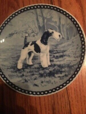 Wire-Haired Fox Terrier blue porcelain plate