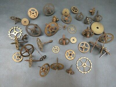 Job lot of 40 vintage clock parts cogs gears etc. - steampunk craft - spares