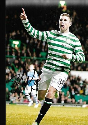 GARY HOOPER Hand Signed CELTIC Autograph Photo - Authentic