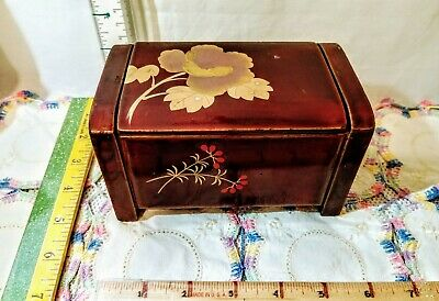 """Antique """"Chinoiserie"""" Lacquered Wood Music Box With Inlaid Mother Of Pearl 6""""×3"""""""