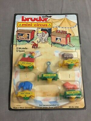 Vintage Bruder Mini-Circus / Zirkus-Zug Plastik-Modelle -Mint on Card W. Germany