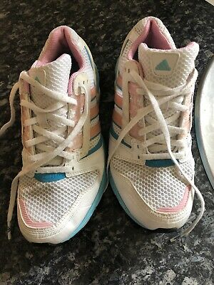 Amazing Classic Girls Adidas Trainers Size 5 In Excellent Condition