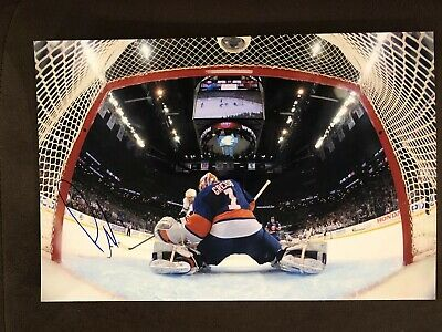 Thomas Greiss Hand Signed 8X12 PHOTO AUTOGRAPH New York Islanders Star Goalie