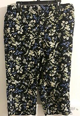 Karen scott Womens Size 16W Black Flowered Cropped Pants