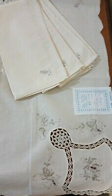 Vintage Ecru Tablecloth Embroidered cutwork with 4 napkins new with tag square