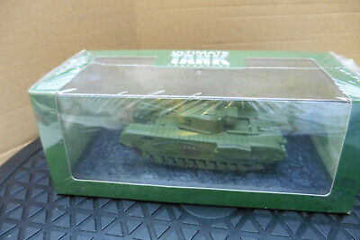 Ultimate Tank Collection Churchill MKV11 1-72 scale new in Case//boxed