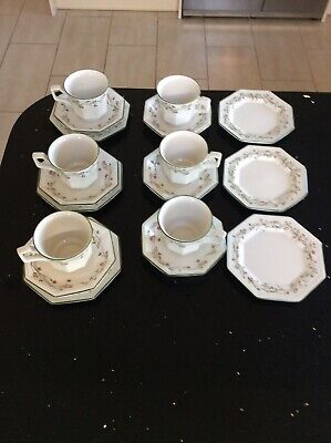 Vintage Johnson Bros Eternal Beau Cups Saucers & Plates  X6 Place Setting