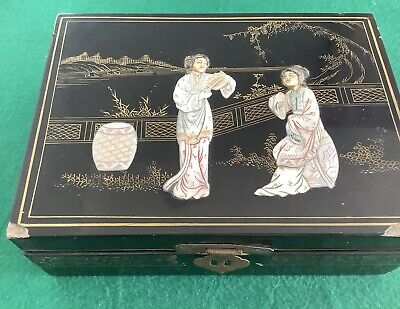 Antique  Oriental  Black Lacquer Jewellery Box With Mother Of Pearl A3