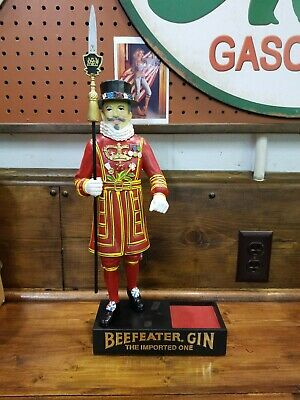 """Vintage & Collectable """"Beefeater Gin Advertising Plastic Statue """""""