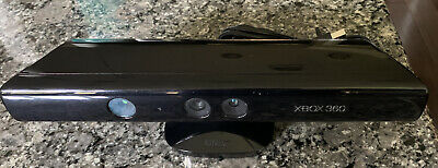 Microsoft Xbox 360 Kinect Model 1414 Black Excellent!