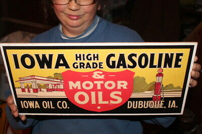 "Iowa Gasoline & Motor Oil Gas Station 17"" Sign"