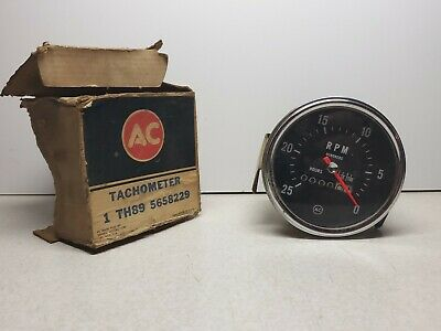 Detroit Diesel 2500 RPM Mechanical Tachometer hour meter AC reverse rotation NOS