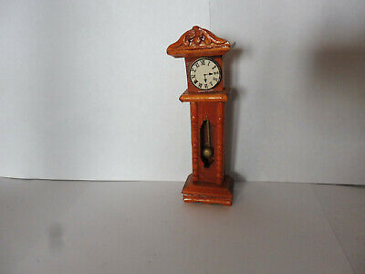 DOLLS HOUSE MINITURES 1/12th SCALE DARK OAK COLOUR GRANDMOTHER CLOCK(ITEM 2)