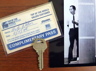 Authentic World Trade Center Key + Visitor Pass WTC, Pre-911 NYC 1988 + Photos