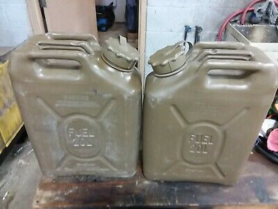 Scepter Plastic Jerry 5 Gallon 20L Fuel Cans (PAIR)