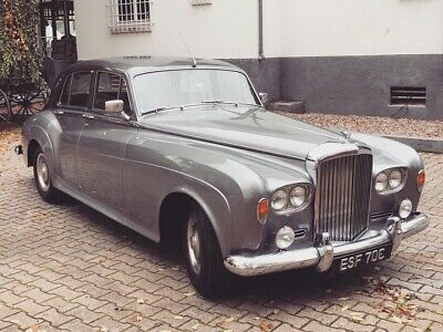 Bentley S3 registered in UK since 1965 full History ,Body restored & new paint