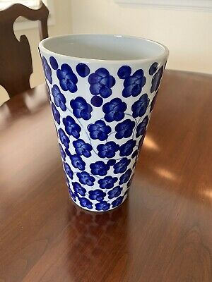"""CHINESE ASIAN BLUE & WHITE FLOWER VASE 9-1/4"""" Tall MADE IN CHINA"""