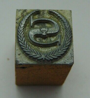 Printing Letterpress Printers Block Wreath With a Letter S