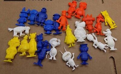Extremely Rare Hanna Barbera Figures 24 piece set from premiums  PERU