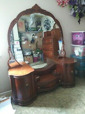 Gorgeous Vintage 1930s LEO JIRANEK FEATURIZED Waterfall 4 piece bedroom set