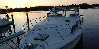 31ft Formula Thunderbird 31sc sport fishing boat cruiser fuel injected Clean