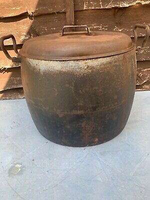Large Antique Cast Iron Sheldon and Co Gypsy Fireplace Cooking Pot Pan Cauldron