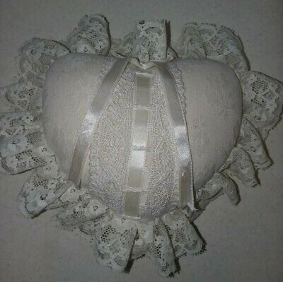 Vintage Antique Style Fancy Decorative Heart Shaped Ring Bearer Pillow