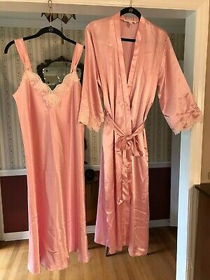 Oscar de la Renta Pink Label 2pc peignoir set lace nightgown M + robe S lingerie