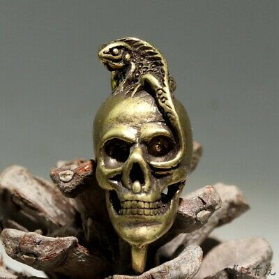 Collect China Old Bronze Hand-Carved Terrible Skull & Cabrite Delicate Pendant