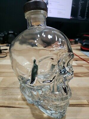 Crystal head vodka skull bottle 750ml