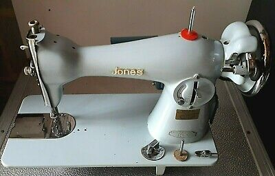 Jones > Electric Sewing Machine - 1960/70 ! 220/250 V  - Working Very Well